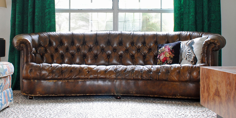 Found: Vintage Leather Chesterfield (Couch Floozy Edition)   The Gathered  Home