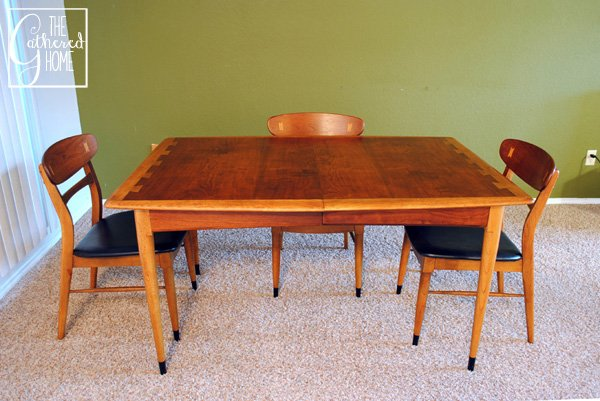 Found Mid Century Lane Acclaim Dining Table And Chairs