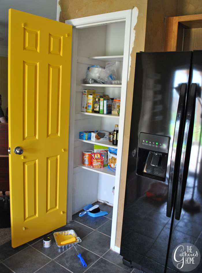 yellow-pantry-door3