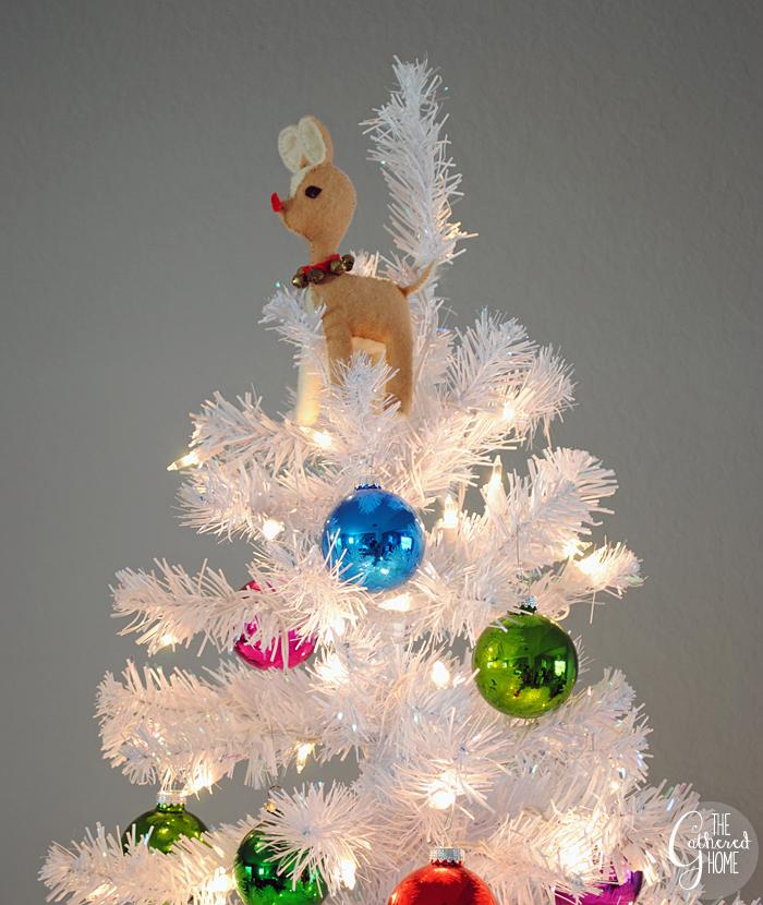 Christmas Home Tour | www.thegatheredhome.com