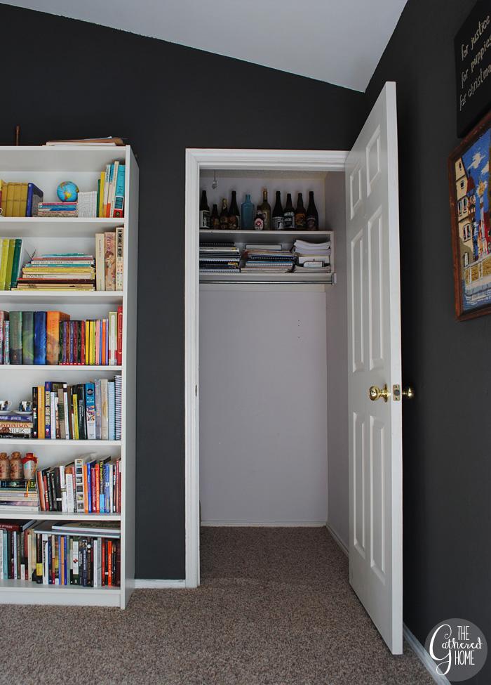 A Vintage-Boho Closet Reading Nook | www.thegatheredhome.com