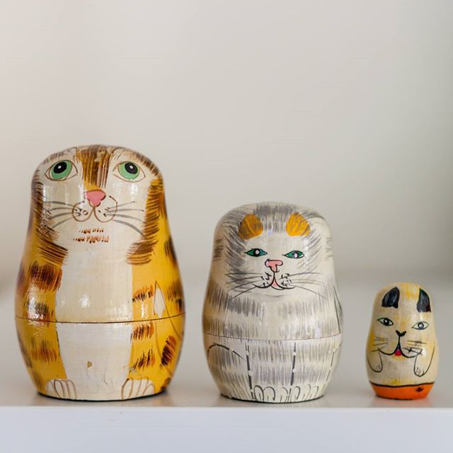 Thrift Score Thursday feature cat nesting dolls via brittkingery