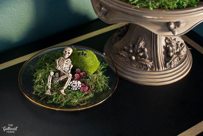 Thrift Score Thursday DIY Halloween terrariums-3