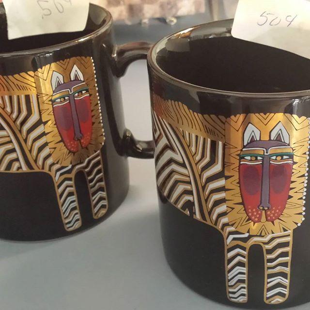 Thrift Score Thursday feature lion mugs via urvintagegirl