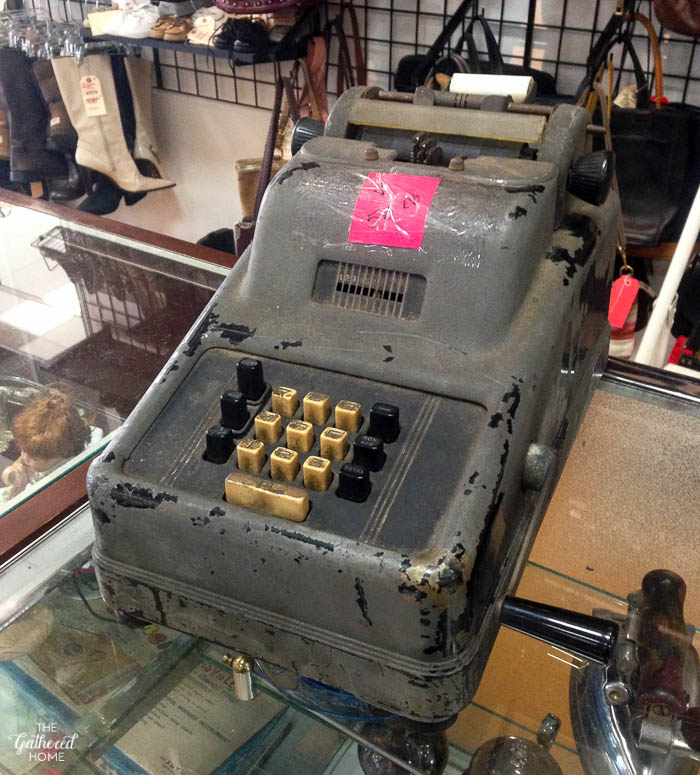 Things I Didn't Buy At The Thrift Store - vintage adding machine