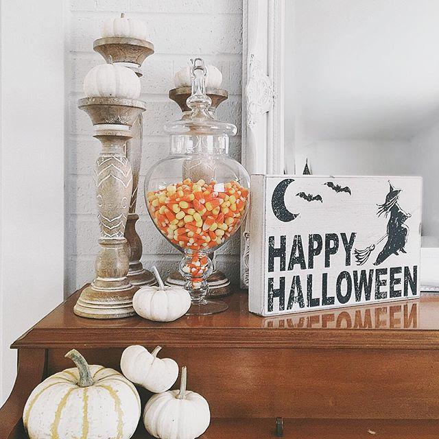 Thrift Score Thursday feature Halloween decor via heykarrieanne