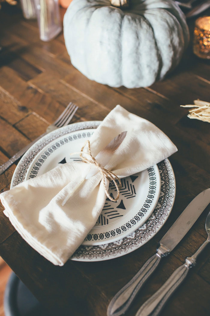 Rustic Bohemian Table Setting via Thoughts from Alice