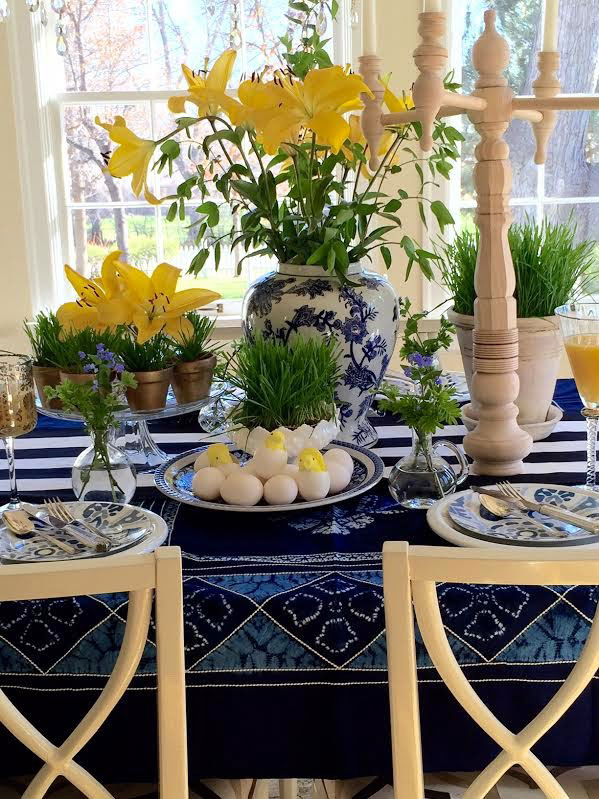 Spring table setting via Simple Details