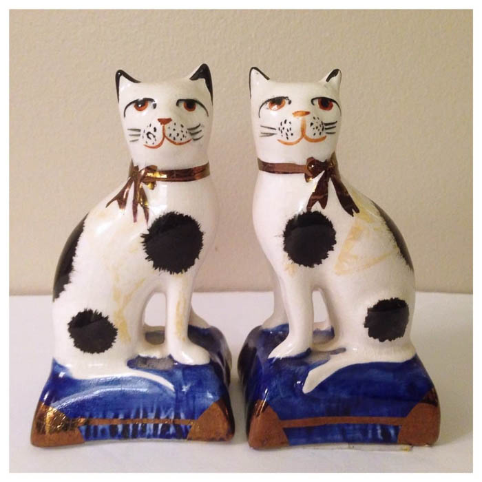 Thrift Score Thursday feature Staffordshire cats via jenc184