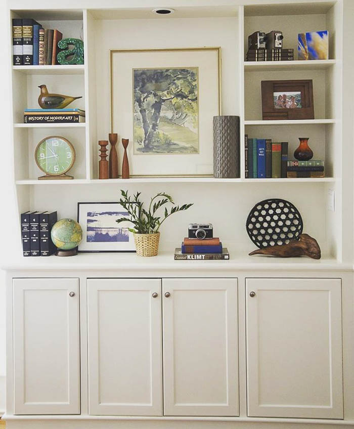 Thrift Score Thursday feature bookcase styling by hollyyoung77