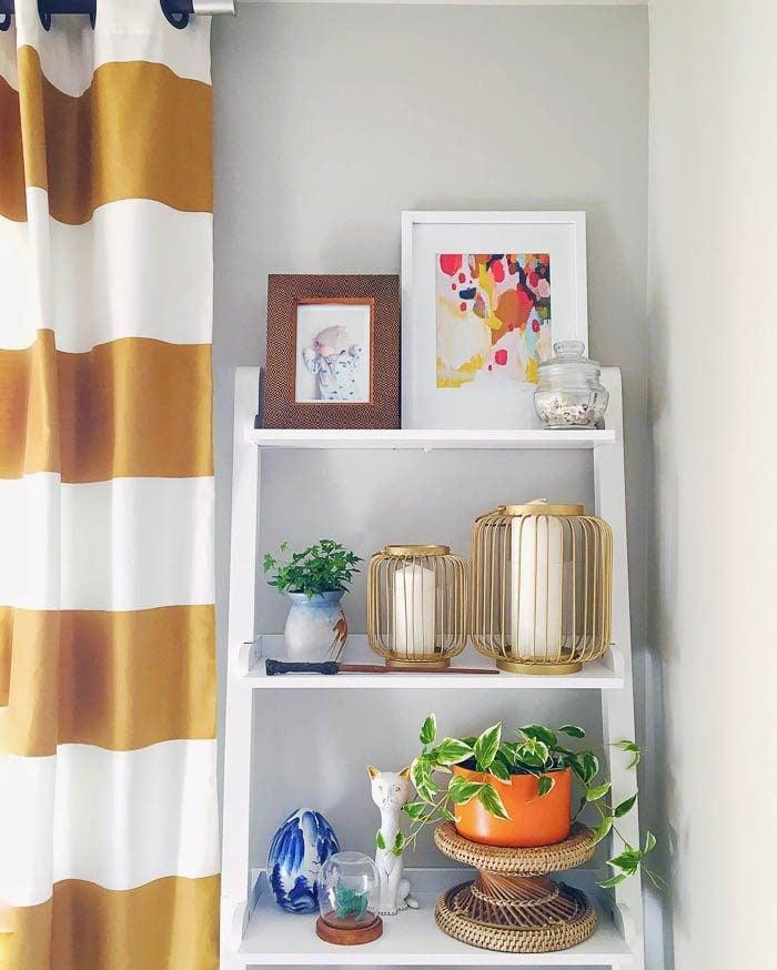 thrift-score-thursday-feature-shelf-styling-via-thegildedpanda