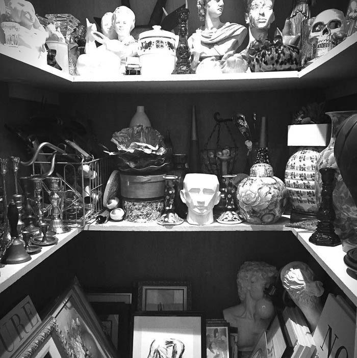 thrift-score-thursday-feature-thrift-prop-closet-via-domicile37