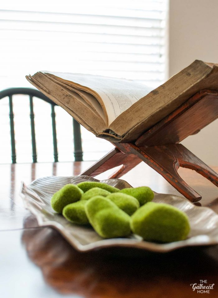 thrift-score-thursday-wooden-book-stand-on-the-dining-room-table