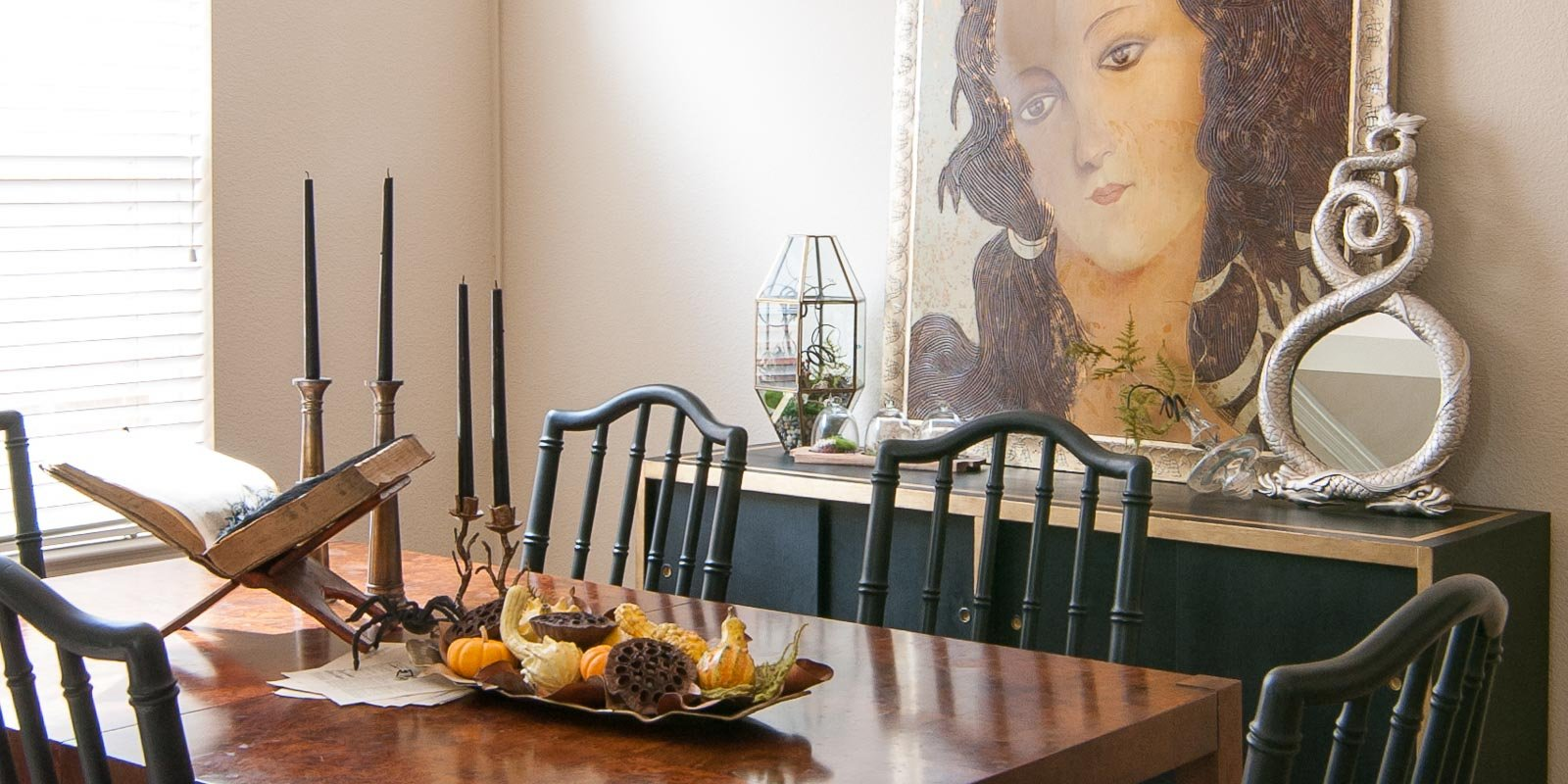 fascinating halloween dining room ideas | Halloween Dining Room: A Study of the Curious and ...