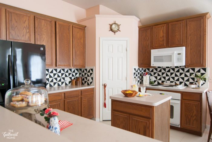 Have A Boring, Dated Tile Backsplash? Give It A Graphic Transformation That  (1