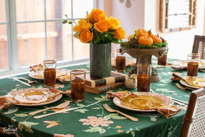 """Granny Chic"" Thanksgiving tablescape with amber glass and bold florals"