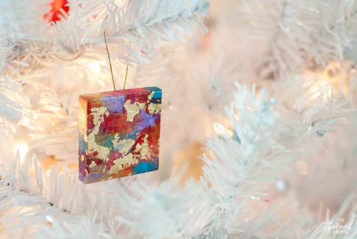 diy-miniature-abstract-painting-canvas-ornaments-on-christmas-tree-2