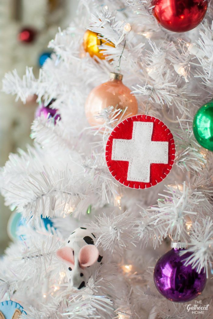 "DIY vintage scout badge ""First Aid"" Christmas tree ornament stitched out felt 