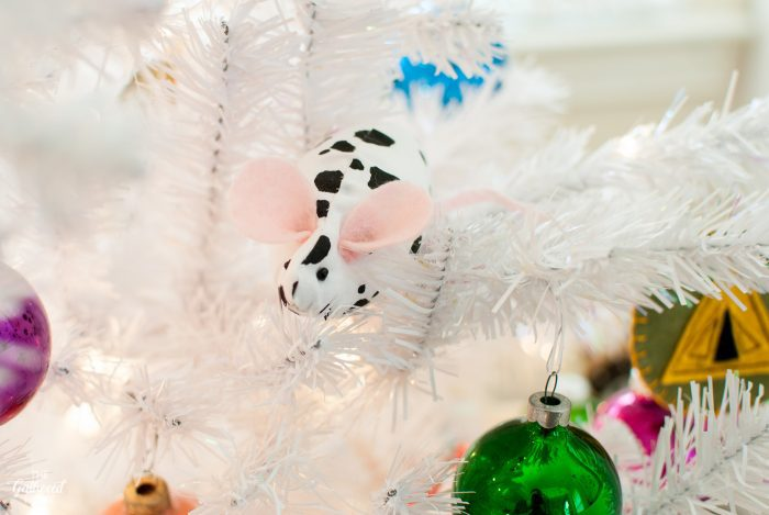"DIY ""dalmatian mice"" ornaments inspired by Wes Anderson's The Royal Tenenbaums"